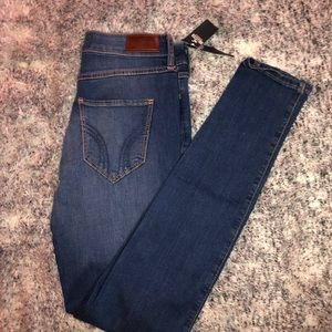 Hollister High Rise Skinny Jeans (classic skinny)